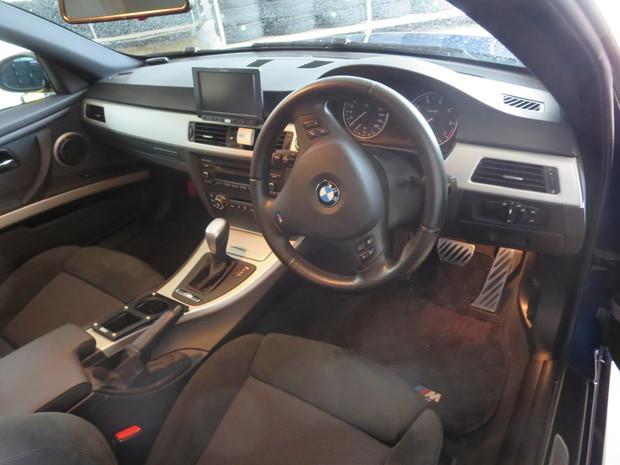 エアコンから出る嫌な臭い修理(BMW3シリーズ・ABA-WA20) (1).JPG