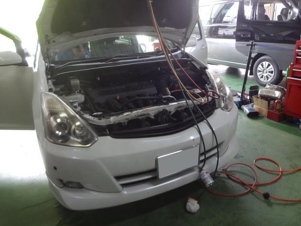 エアコン修理_ウィッシュ(CBA-ZNE14G)_1.JPG