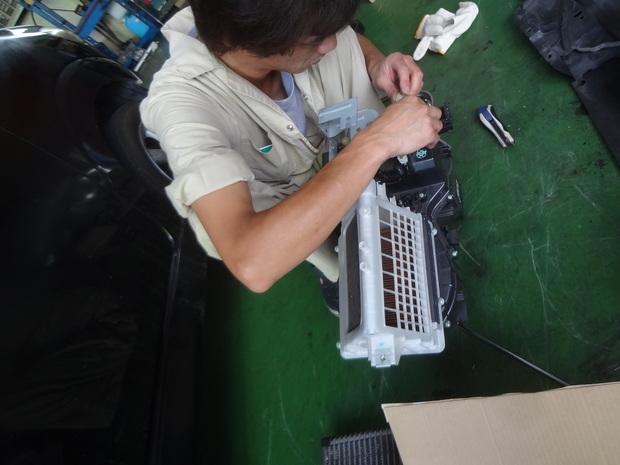 エアコン_タント(L350S)_2.JPG