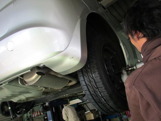 タイヤ持込交換_フィット_10.JPG