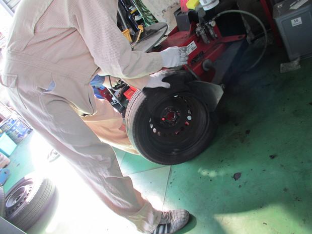 タイヤ持込交換_フィット_4.JPG