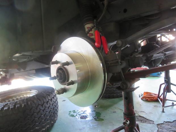 ブレーキ修理(ラングラー) (13).JPG