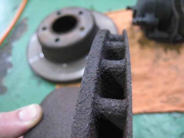 ブレーキ修理(ラングラー) (3).JPG