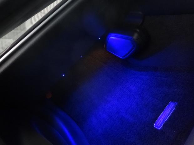 LED_クラウン(DAA-AWS210)_8.JPG