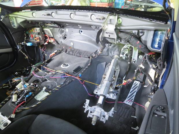 エアコンから出る嫌な臭い修理(BMW3シリーズ・ABA-WA20) (18).JPG