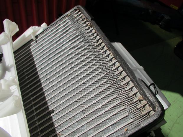 エアコンユニット交換_エクストレイル(DBA-NT31)_5.JPG