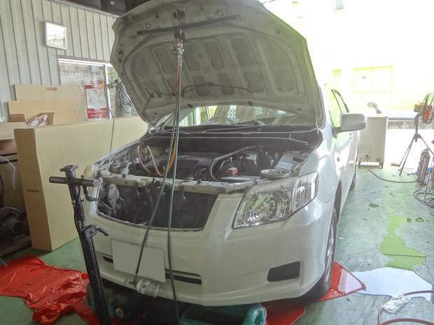 エアコン修理_カローラ(NZE141)_1.JPG