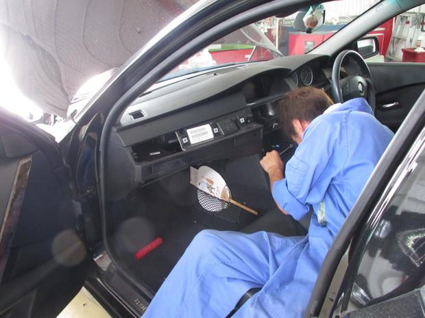 エアコン分解洗浄(BMW525I) (3).JPG