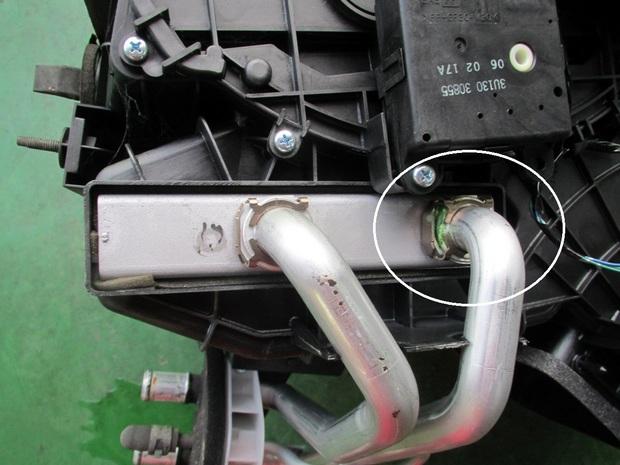エルグランド(Rエアコン修理) (1).JPG