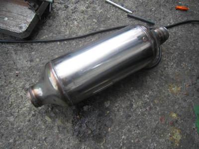 カムロードキャンピング(排気ガス装置) 006.jpg