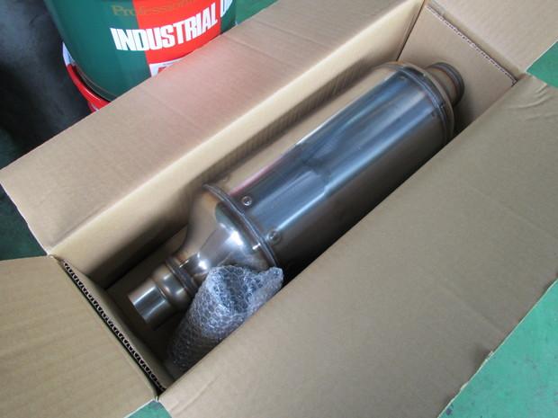 キャラバン排気ガス装置取付 002.jpg