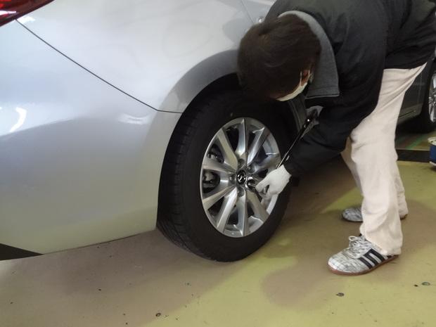 タイヤ履き替え_2.JPG