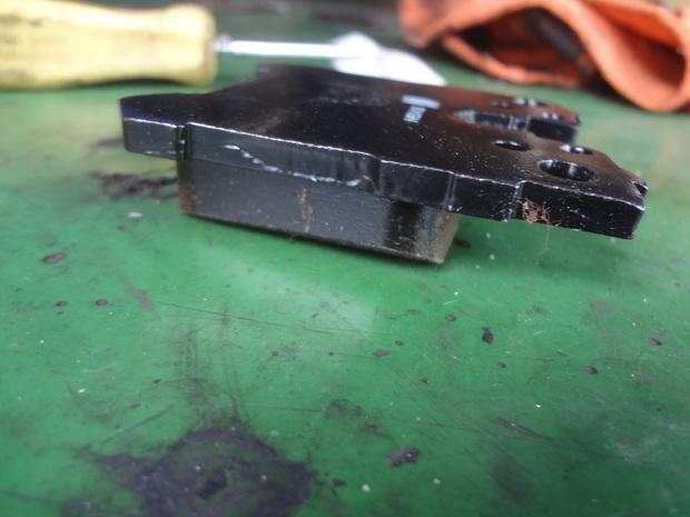 ブレーキパット交換_レクサスL460(USF40)_3.JPG