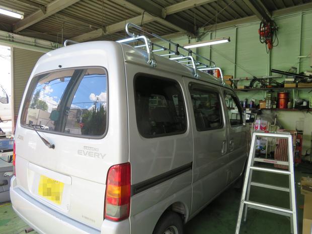 ルーフキャリア取付・エブリィバン(DA52V) (3).JPG