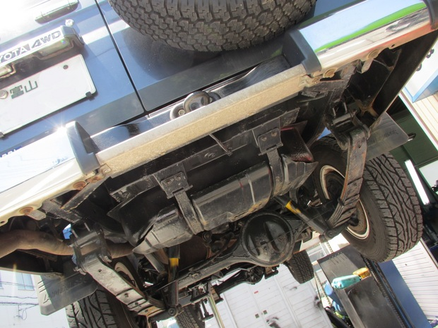 排気ガス乗り入れ装置 (1).JPG