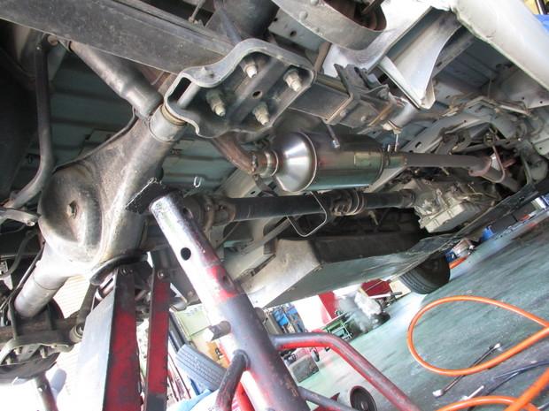 排気ガス装置(ハイエースバン) (2).JPG