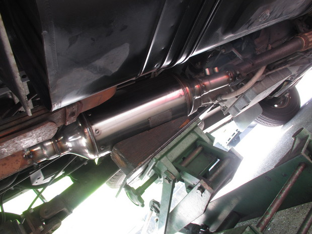 排気ガス装置(NOxPM法解除) (2).JPG