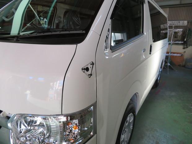 新車販売_ハイエース(GDH201V)_2.JPG