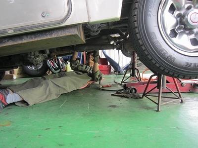 キャンピングカー排気ガス低減装置取付け6